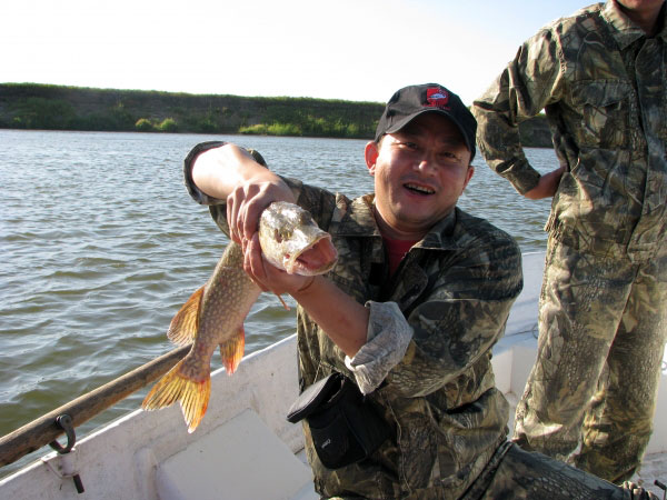 клевый берег рыбалка