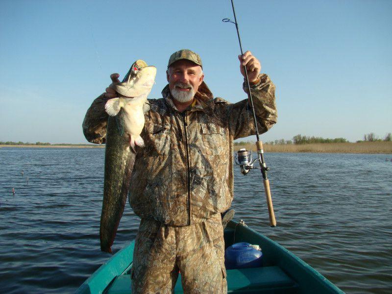 астраханская область камызякский район рыбалка видео