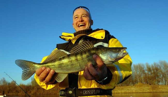 рыбалка волга астрахань осень