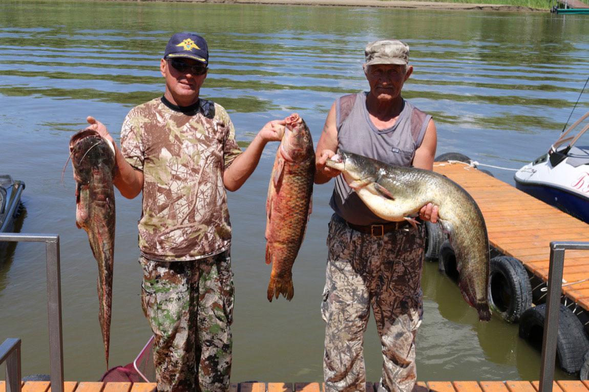 рыбалка на базе трехречье