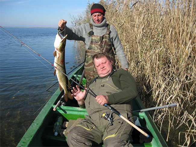 рыболовная база зеленая