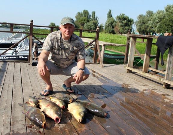 рыбацкий трио рыболовная база