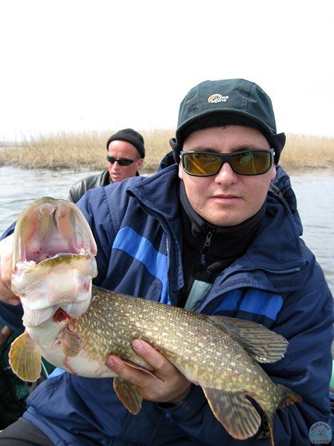 рыбалка на шестихуторе 2016
